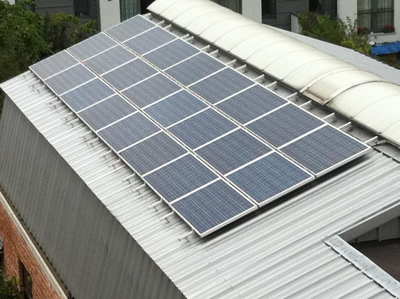 photovoltaique sur toiture métalique